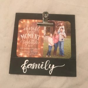 Inexpensive Farmhouse Picture Frame