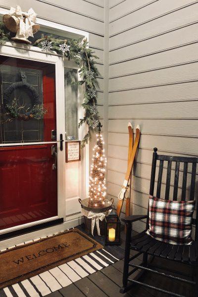 Simple outdoor rustic holiday porch