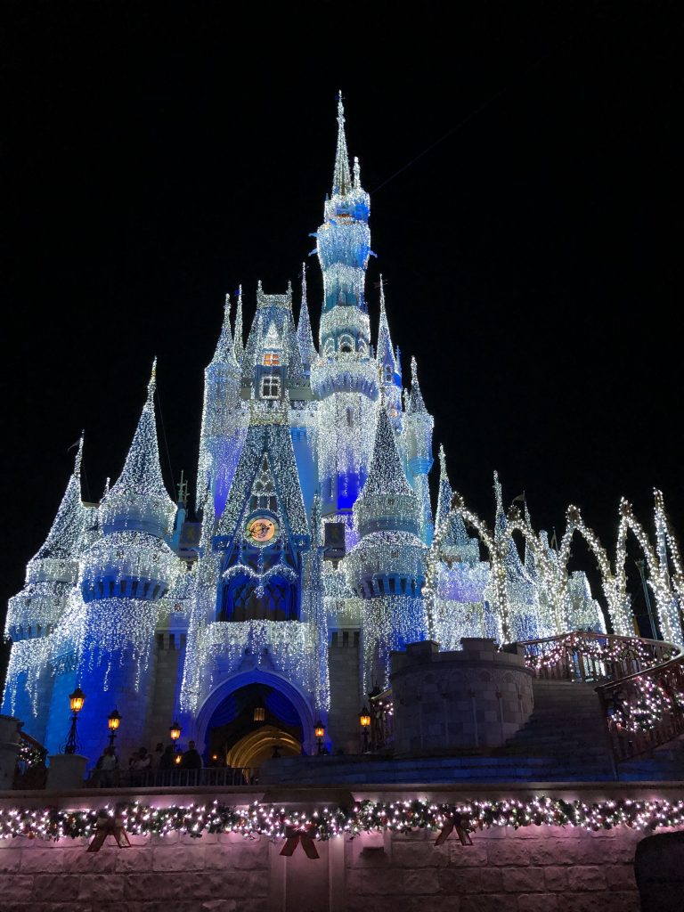 How We Planned Our Last Minute Budget Friendly Disney Trip