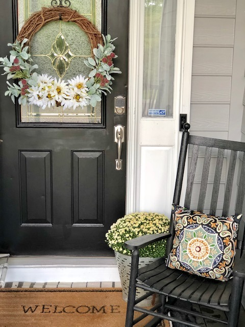 How to make a budget friendly subtle fall wreath