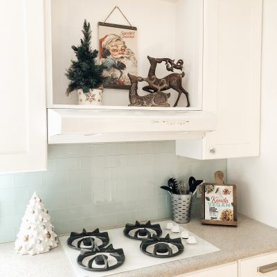 Christmas Coastal Farmhouse Kitchen