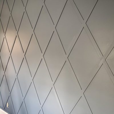 How to make a diamond pattern wood accent trellis wall