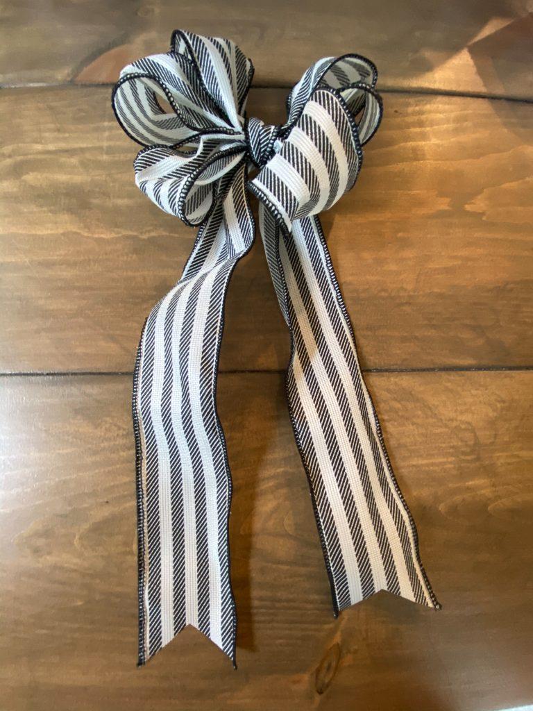 ribbon making, easy bow