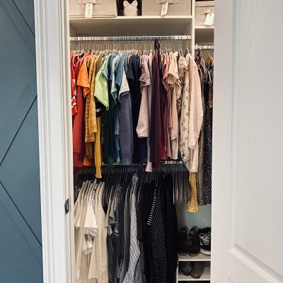 How I reorganized a walk in closet with wire racks.