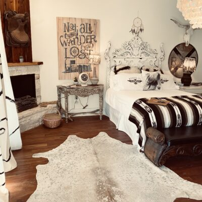 Round Top, Texas: Come for the vintage finds, stay at the amazing Wander Inn!